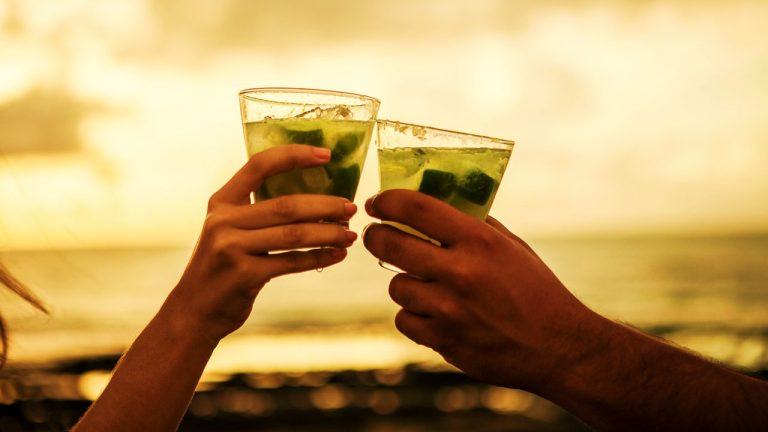 3 mistakes you make when drinking cachaça